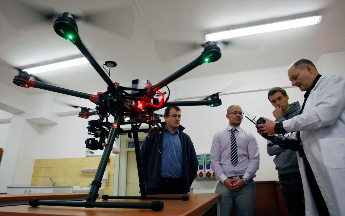 Másfél milliárd forintból fejlesztették a műszaki képzést a Szolnoki Főiskolán