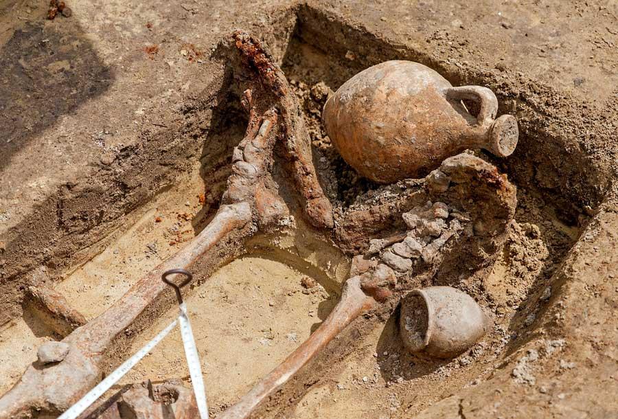 Római kori temető feltárása Győrben