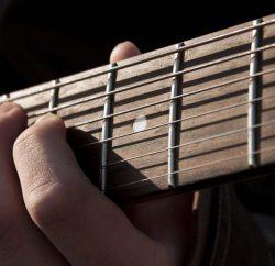 gitar-zene