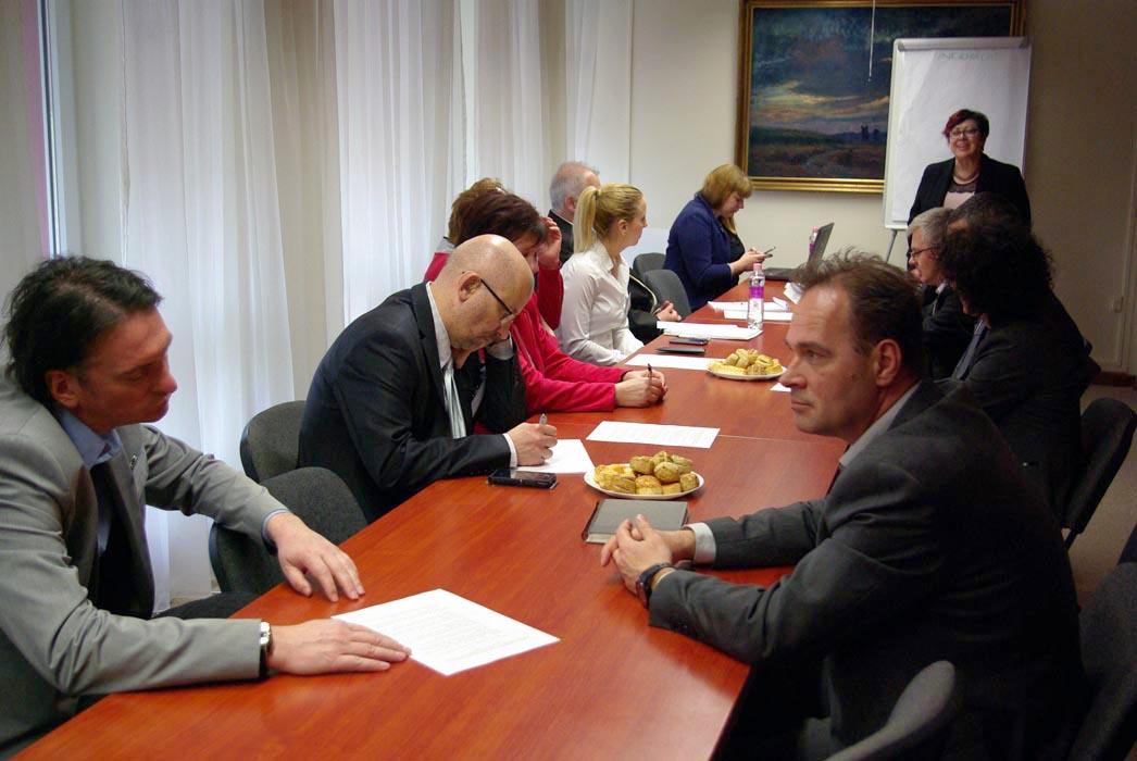 A megyei önkormányzatok szerepének vizsgálata