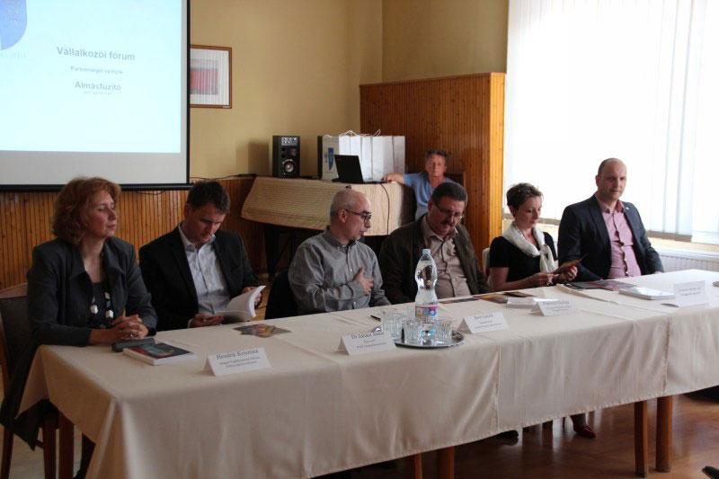 Vállalkozói fórum Almásfüzitőn: partner a megye