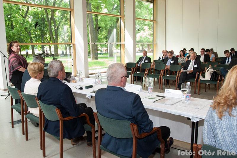 Ópusztaszeren tartott konferenciát a MÖOSZ és a BM