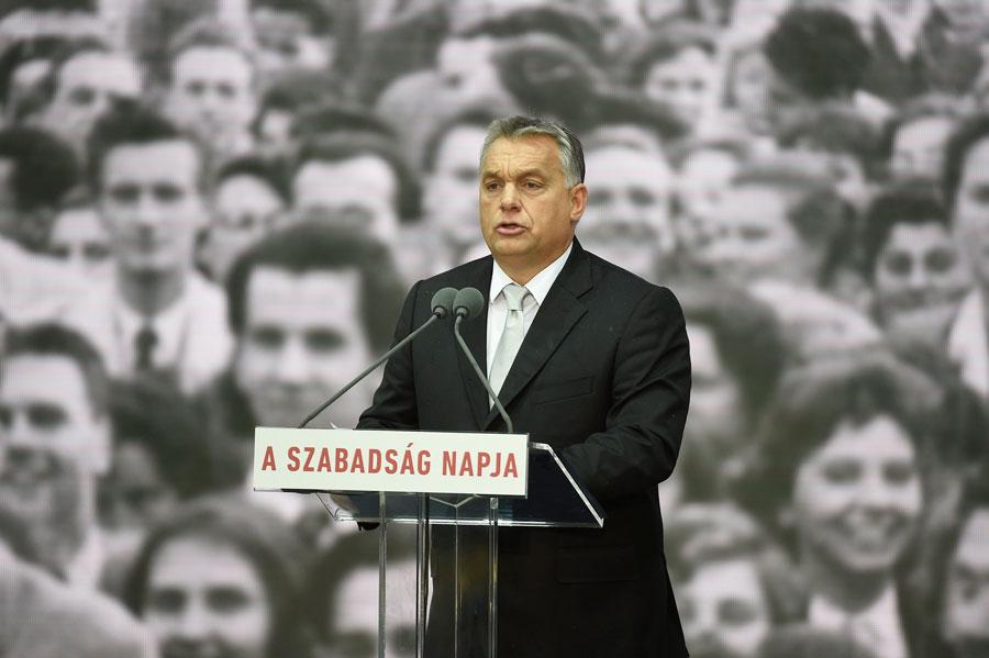 Október 23. – Orbán: ha elvész a szabadság, ha elvész a nemzeti függetlenség, mi magunk is elveszünk