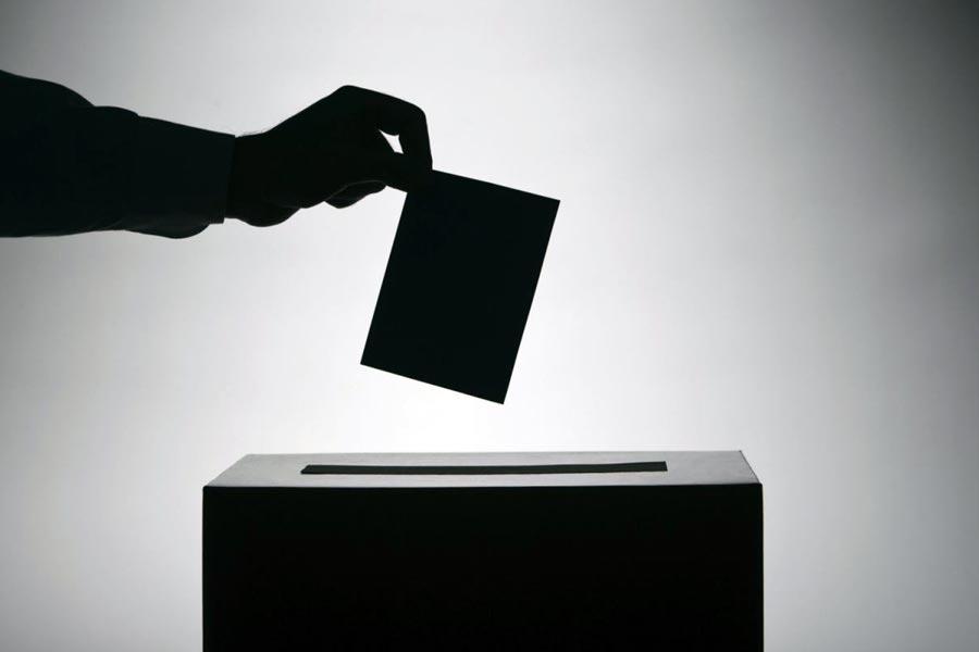 Dobozi Róbertet választották Újszász polgármesterének