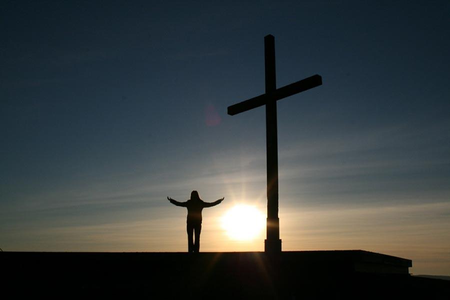 Halottak-napi szentmisét tartanak a háborús hősökért a Don-kanyar kápolnánál