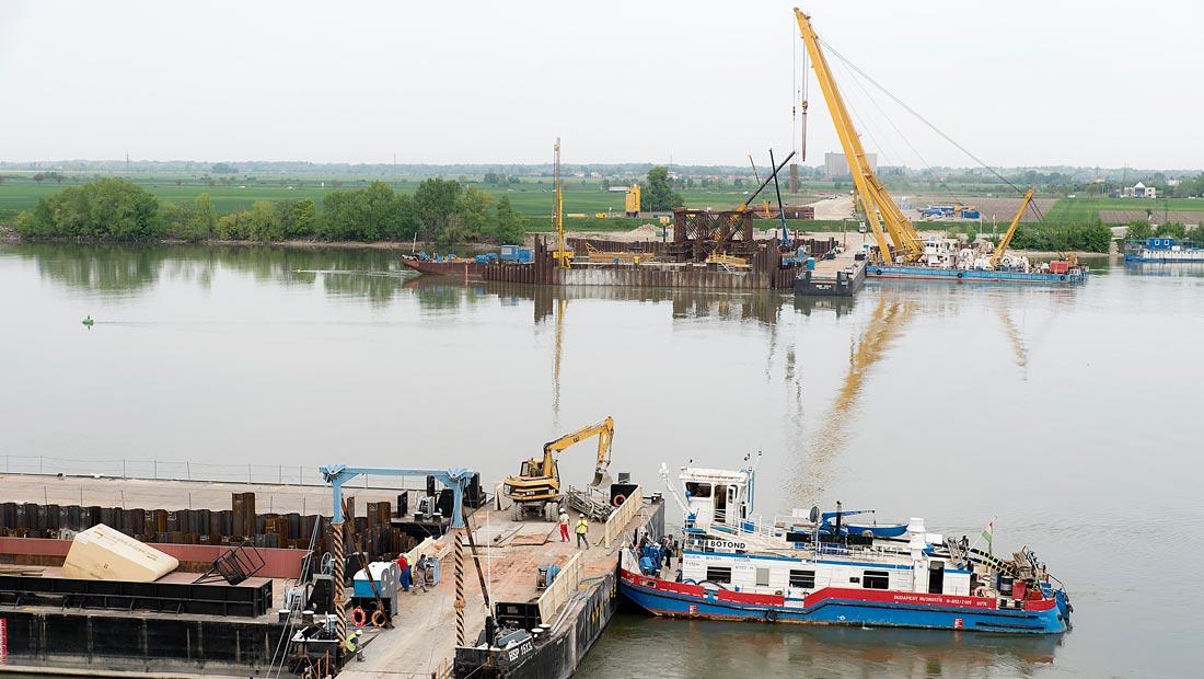 Látogatóközpont épült az új komáromi Duna-hídnál
