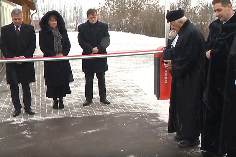 Egészsgéházat avattak Nagycserkeszen