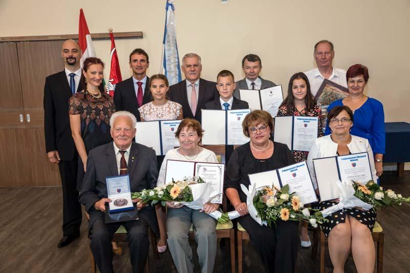 Várossá válásának 10. évfordulóját ünnepelte Pacsa