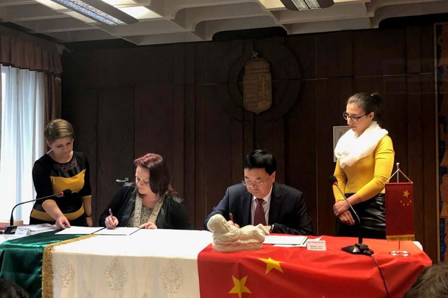 Csorna testvérvárosa lett a kínai Dingzhou