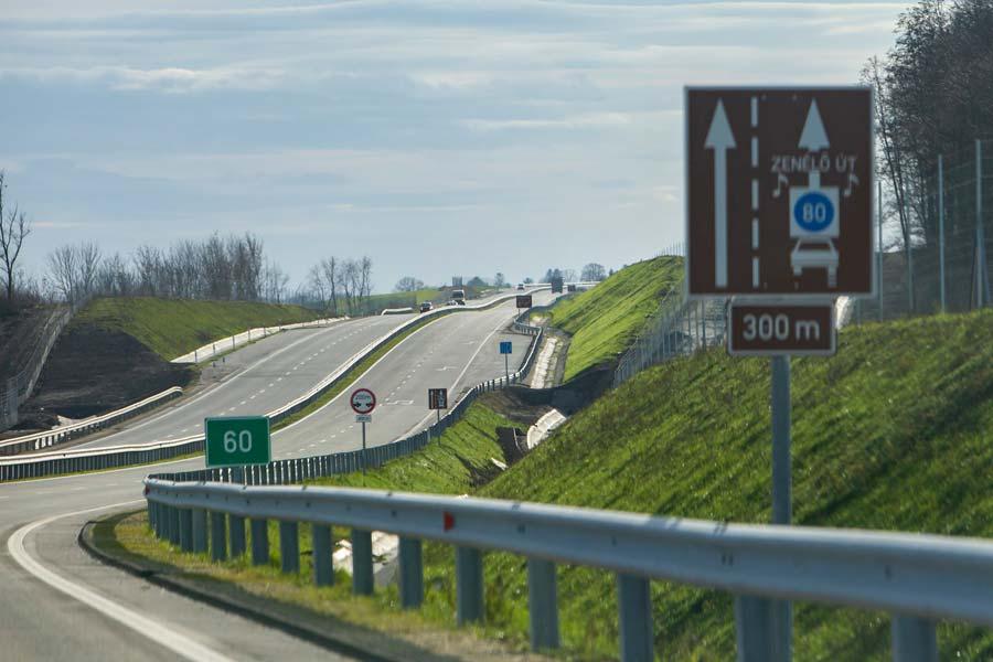 Teljes hosszában elkészült az R67-es út