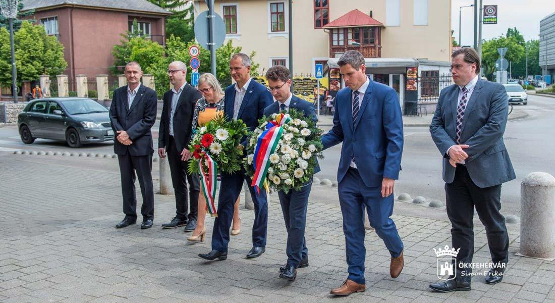 Néma főhajtás a török uralom alóli felszabadulás évfordulóján Székesfehérváron