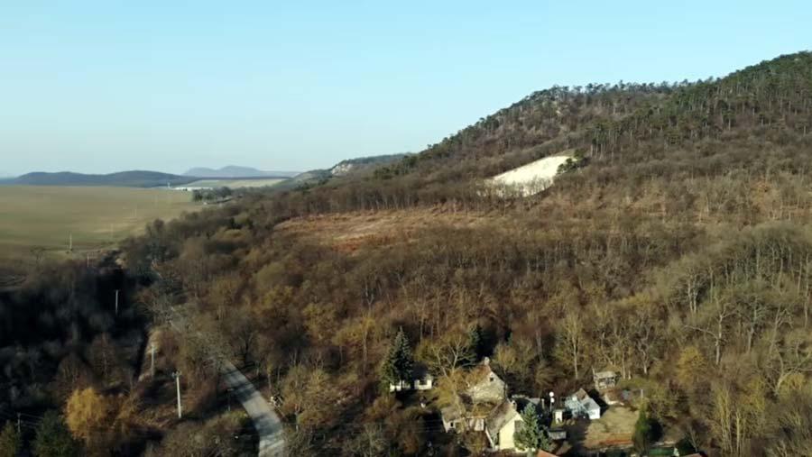 Kisfilm mutatja be a Sándor-Metternich Temetkezési Kápolnát